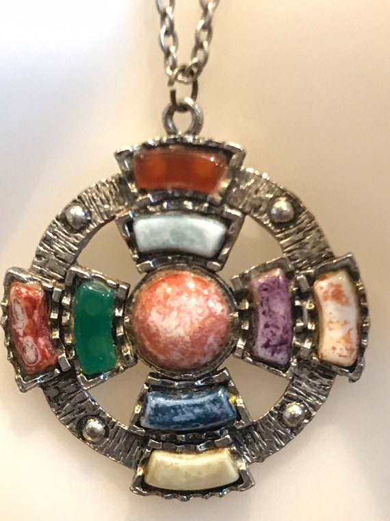 A striking Celtic cross style vintage faux agate  statement piece pendant necklace