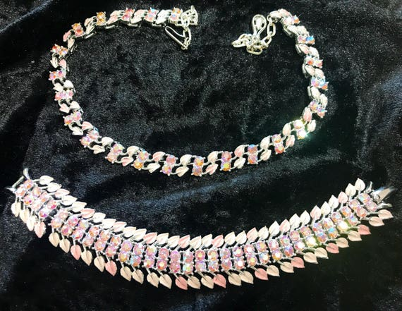 A beautiful pink enamelled rhinestone demi parure bracelet and necklace by jewelcraft c1950 beautiful condition