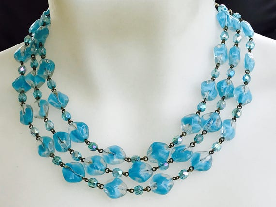 Stunning vintage baby blue 3 strand glass beaded necklace