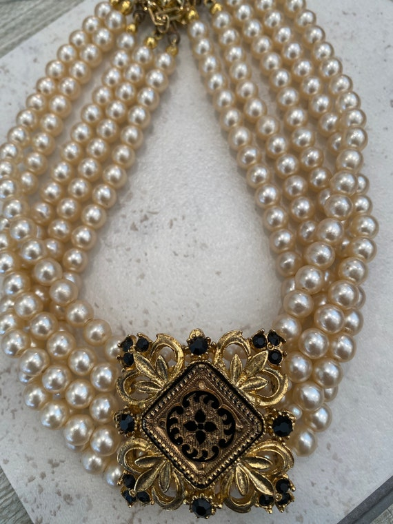 Striking Vintage multi stranded pearl choker necklace with ornate glass Center piece