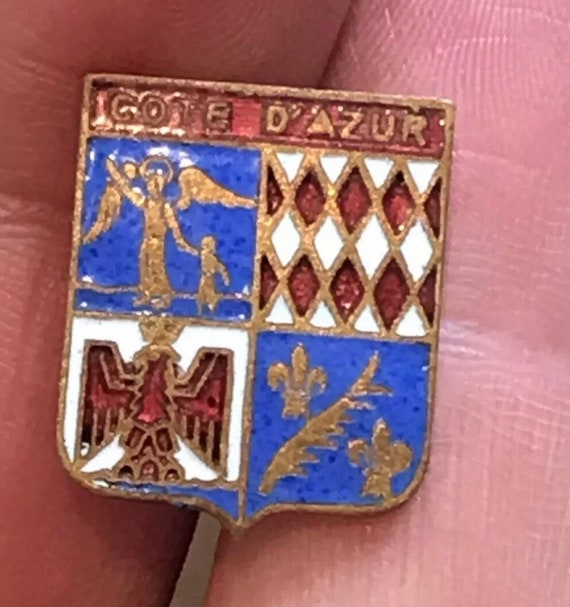 Vintage Côte d'Azur coat of arms enamelled souvenir pin brooch