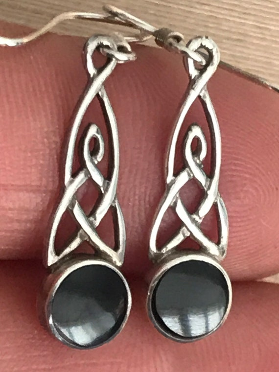 vintage solid 925 silver Celtic style onyx stone drop pierced earrings
