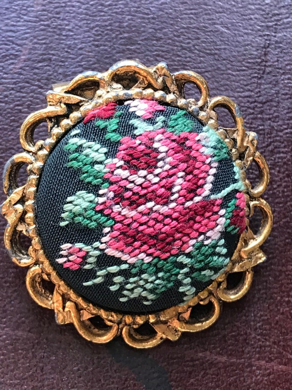 Beautiful vintage tapestry scarf clip flower design