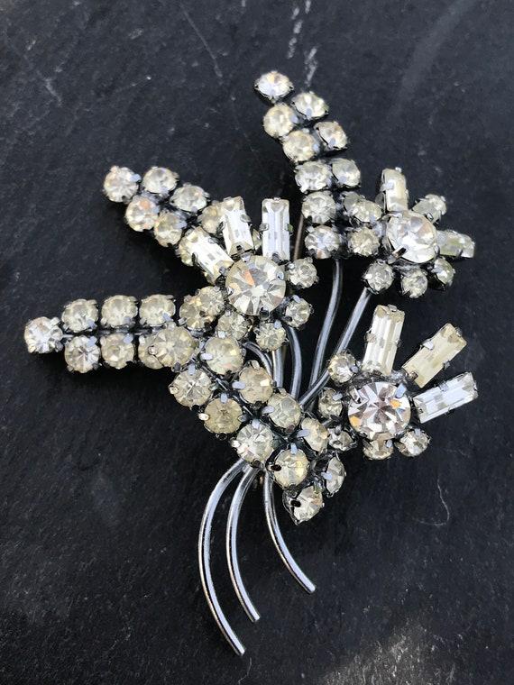 vintage crystal rhinestone flower stem bouquet brooch pin