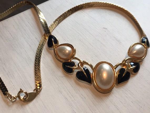 Trifari TM vintage gold tone enamelled faux pearl necklace