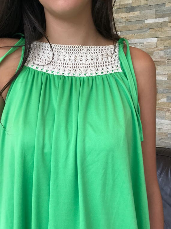 1970s bright green maxi summer holiday dress sz 10/12 crochet neckline