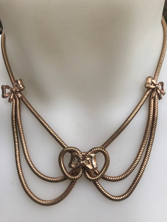 Retro 1940s Gold plated draped snake chain bow necklace