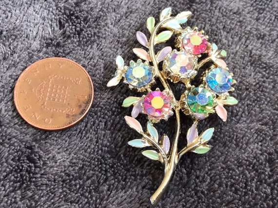 Sparkling 1950s multi coloured pastel pot enamelled rhinestone floral bouquet brooch