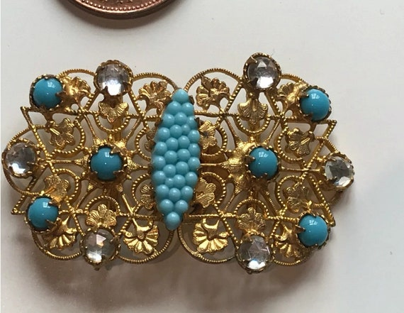 Pretty Vintage Small Filigree Art Deco Czech Glass Rhinestone Collectors Buckle.