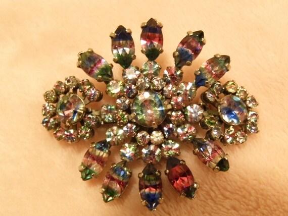 Glitzy vintage rainbow glass brooch c1950s Christmas sparkle