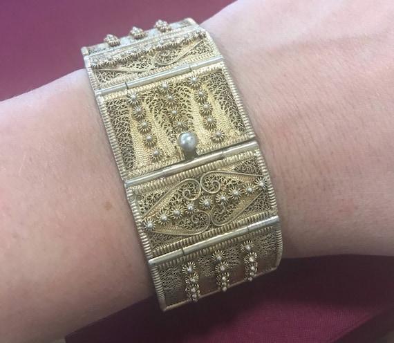 Beautiful vintage/antique solid silver gold wash Filigree bracelet