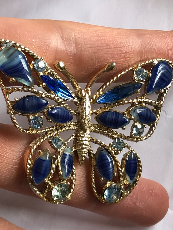 Rare 1950s Blue Striped Agate glass Gold toned Butterfly Brooch By Exquisite