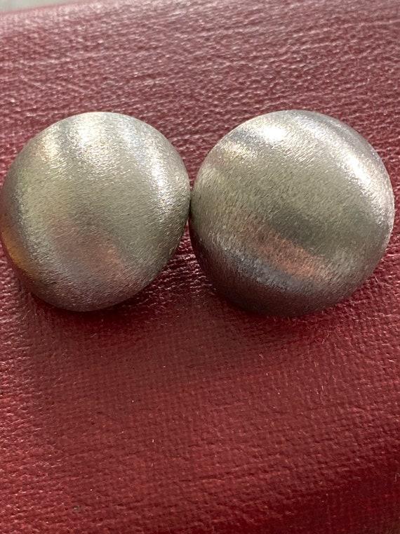 Vintage mid century modern brushed 835 silver pebble clip on earrings