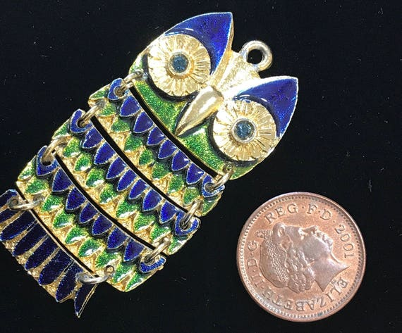 Retro vintage 1970s Articulated enamelled owl pendant Made in England