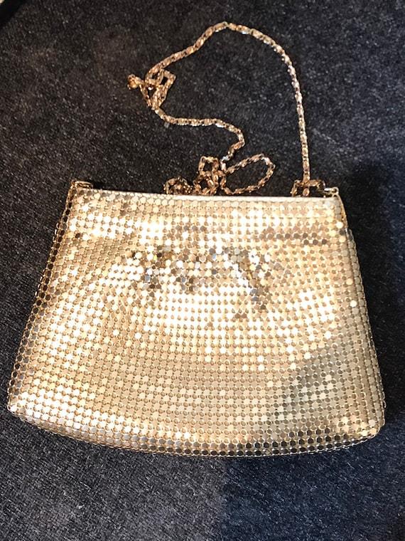 Vintage Suzy Smith gold Mesh metal disco handbag