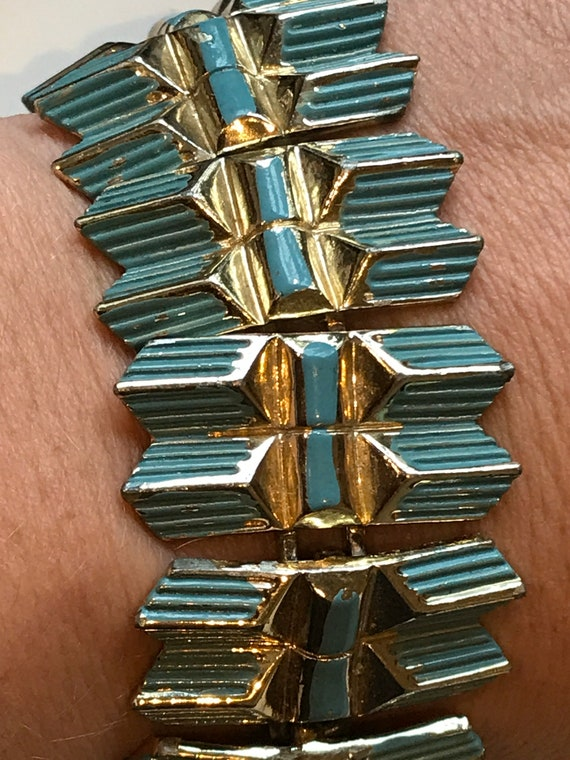 Stunning chunky Egyptian style vintage gold toned Jewelcraft bracelet enamelled in blue