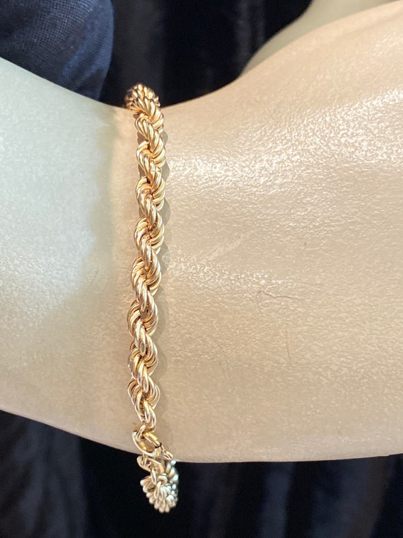9ct Yellow Gold Light Rope chain Bracelet 7 Inches in length 375 9ct gold Fully  Hallmarked.