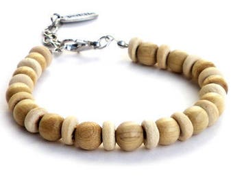 Bracelet beige wooden beads, cream coconut beads. Handcrafted beige écru wristband, bohemian jewelry, boho chic, festival beach wristlet