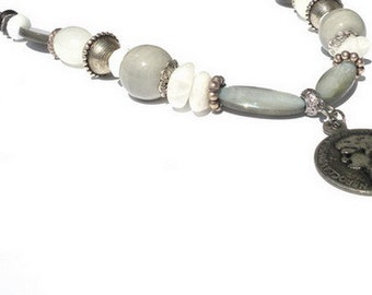 Grey white necklace, semi-precious stone, mother-of-pearl, glass beads. Handcrafted collar, silver-colored rollo link chain, coin, Per Elle