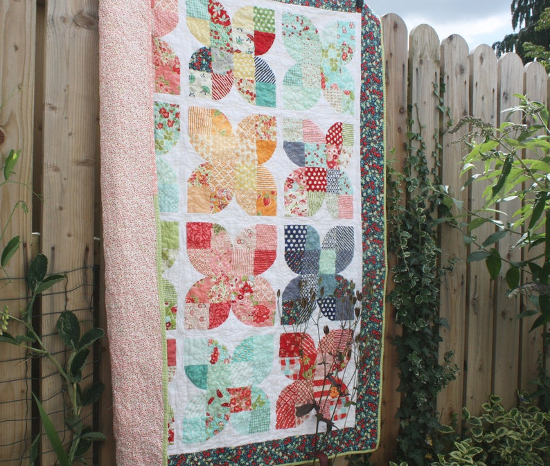 Handmade cotton Quilt Retro Butterflies Bonnie and Camille Baby Quilt Patchwork Quilt Quilted Throw Blanket