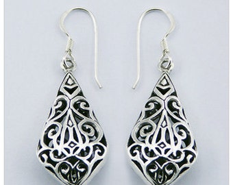 Convex Diamond Styled Ornate Oxidized 925 Sterling Silver Ajoure Drop Earrings