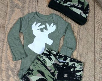Baby Deer Outfit, Hunting Baby, Camo Take Home Outfit, Baby Boy Hunter, Camo Baby, Baby Coming Home Outfit, Newborn Hunter, Baby Boy Camo