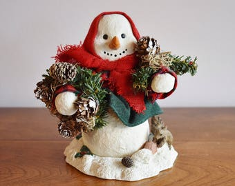 Snowlady Figurine, Winter Farmhouse Natural Snowman Snowlady with Squirrel and Pinecones, Country Home Decor