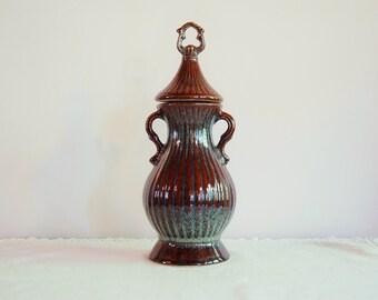 Brown Blue Ceramic Decanter, Collectible Jim Beam Bourbon Whiskey Bottle, 1979 Rustic Pottery Jar Urn Jug, Home Decor Statement Piece