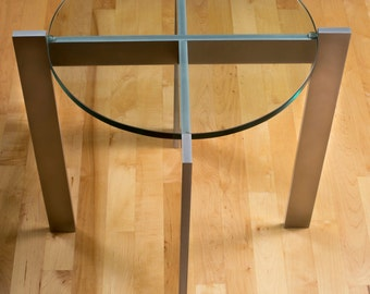 """End Table - 20"""" x 20"""" x 20"""" high with 16"""" diameter x 1/2"""" thick glass top"""