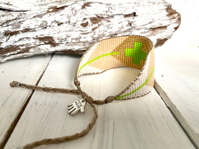 KIWI CROSS Bracelet Miyuki