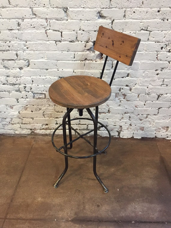 Cool Bar Stools With Backs Wooden Bar Stools Swivel Bar Stools Commercial Bar Stools Bar Stools Bralicious Painted Fabric Chair Ideas Braliciousco