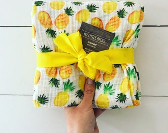 Baby girl Pineapple Muslin Swaddle Blanket, Baby girl Gauze Swaddle Blanket, Summer swaddle, Pineapple swaddle, tropical swaddle
