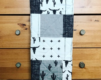 Longhorn, Cactus Baby blanket, gender neutral baby, Western Baby Blanket, Whole Cloth Quilt, Black, White