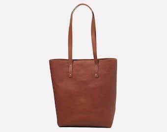 Classic Leather Tote - Tan