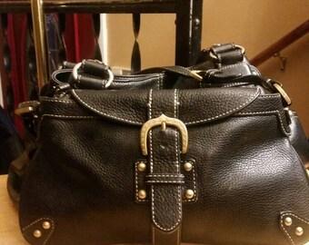 Vintage Dooney and Bourke black pebble leather handbag shoulderbag.