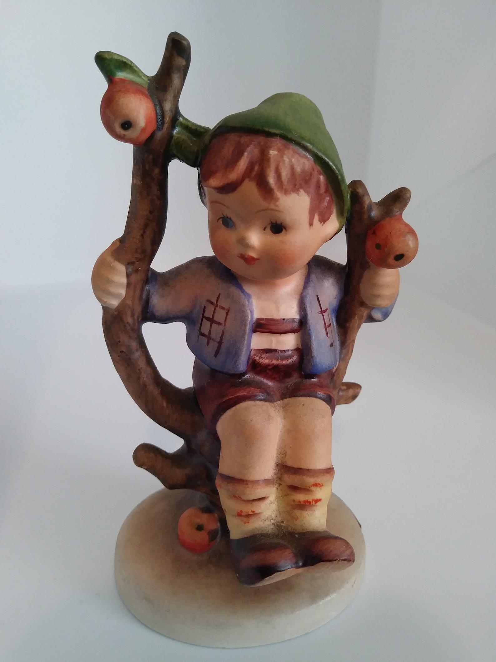 Vintage Hummel Figurine Apple Tree Boy 142 3/4 92