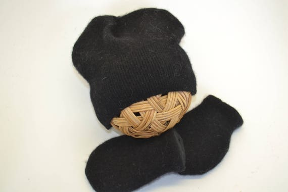 c33581ded5754 Baby Hat and Mittens   Black Cashmere BABY HAT   MITTENS
