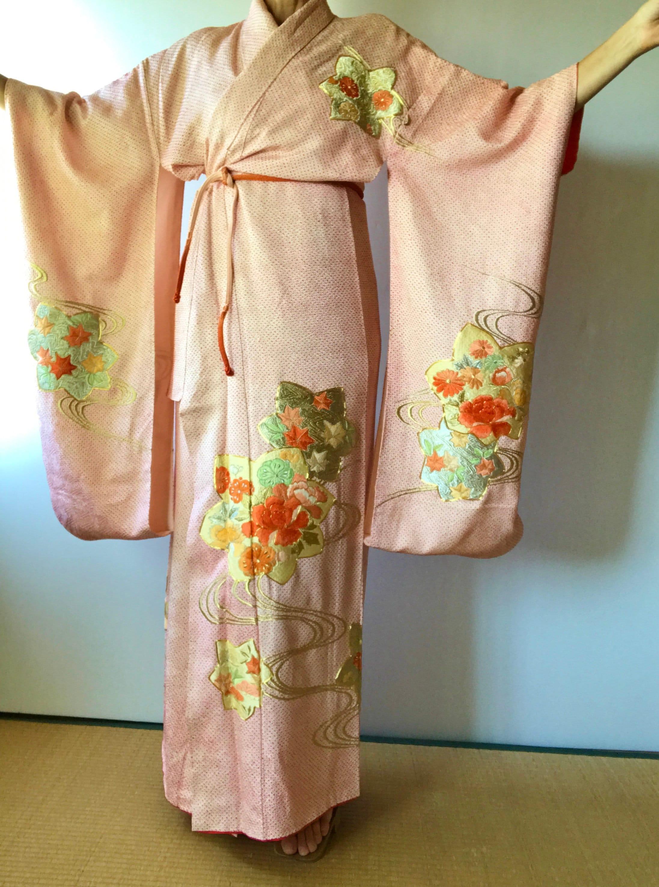 Silk Furisode Embroidered Wedding Kimono Silk Kimono Robe  8f006181e