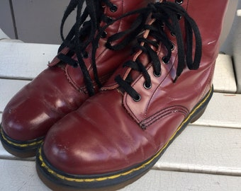 Oxblood Red 'The Original' Dr. Marten Made in England High Ankle Chunky Boots Ladies Size US 6.5 to 7 US