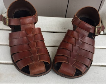 a03a5acd2775f8 Comfortable Brown Leather  Nordstrom  Strappy Sandals Men s size 9 to 10 M  Women s Size 10 to 11 M