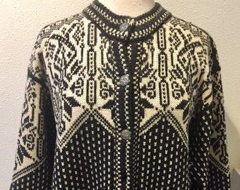 3914df72d63 Vintage  Dale of Norway  Nordic Charcoal and White   Snowflake Pattern  Cardigan Sweater by Dale of Norway Size 46