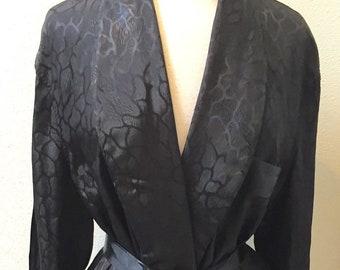 a1e6b7fdfb Vintage 1960 s Gorgeous   Glamorous   Black Jacquard Celanese Full Length  Robe Women s Size Large