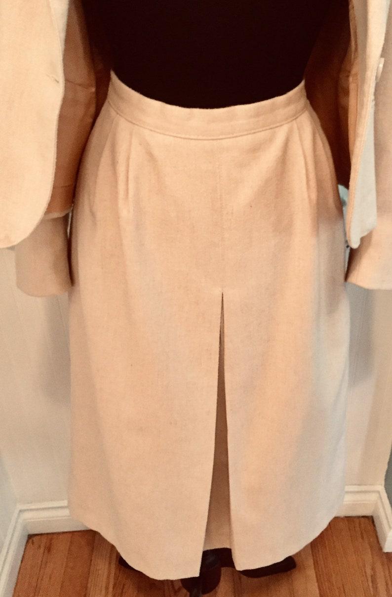 Lovely Off White Ivory Cream Wool Two Piece 1980/'s Suit by Nanci Jennifer Canada Women/'s Size 810