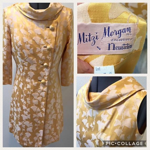 1960's 'Mitzi Morgan' Newsteters / Polished Golden