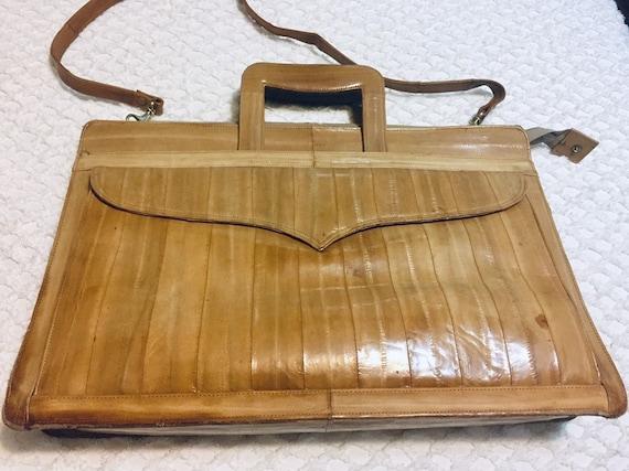 1970's Light Tan Eel Skin Leather Top Handle / Sho