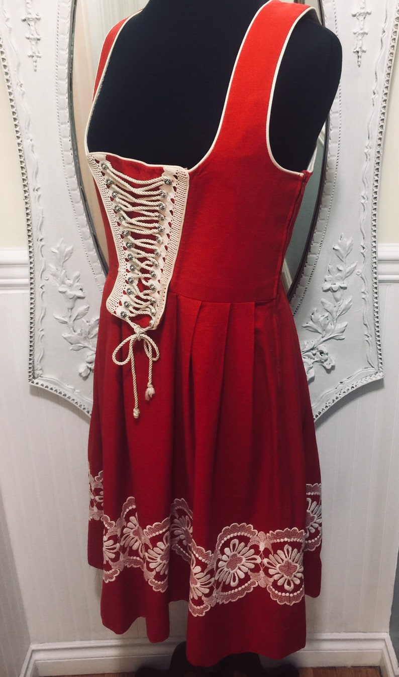 Authentic /'Tiroler Dryndl/' Oktoberfest  Brew-fest  Red and White Cording Corset Style Dress Size 46 or US Size Medium 8 to 10