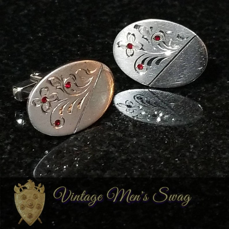 Sterling silver mid-century elegant vintage cufflinks offered by Vintage Men/'s Swag Of-6