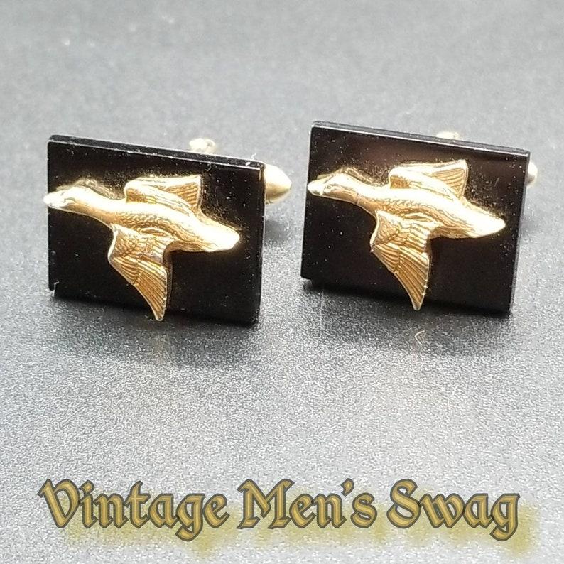 Vintage flying duck hunter cufflinks by Swank offered by Vintage Men\u2019s Swag bei-1