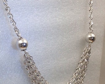 Sterling silver twisted rope necklace.