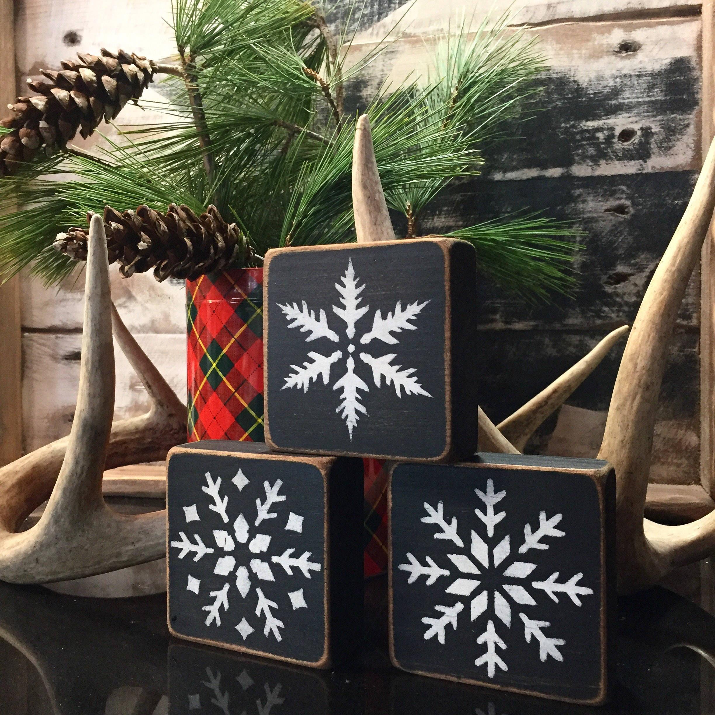 Rustic Cabin Decor Wood Snowflake Block Set of 3 Christmas